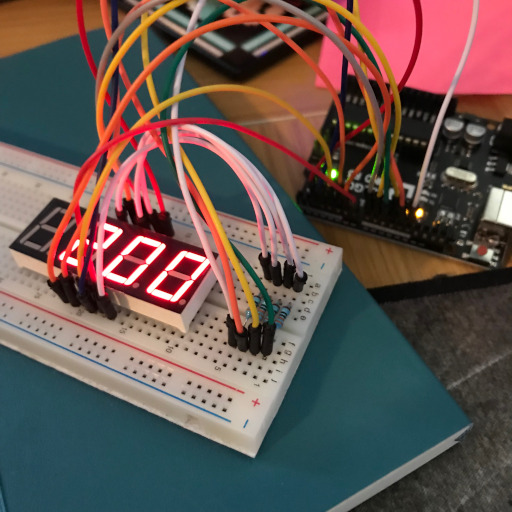 4 digit 7-segment display attached to an Arduino