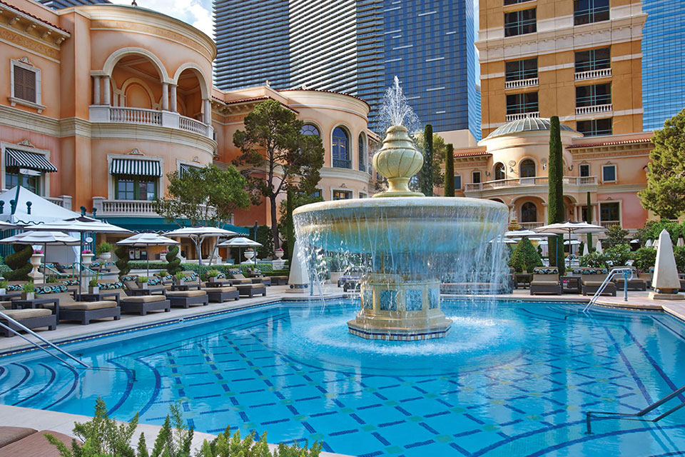 Bellagio outdoor pool