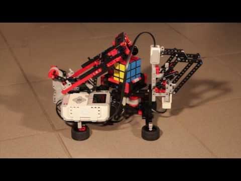 Rubik-kocka kirako robot