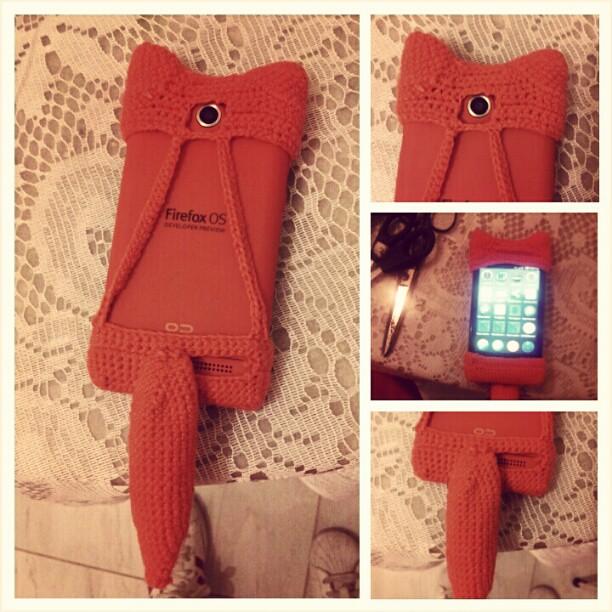 Capinha versão 2 #crochet #keon #firefoxos