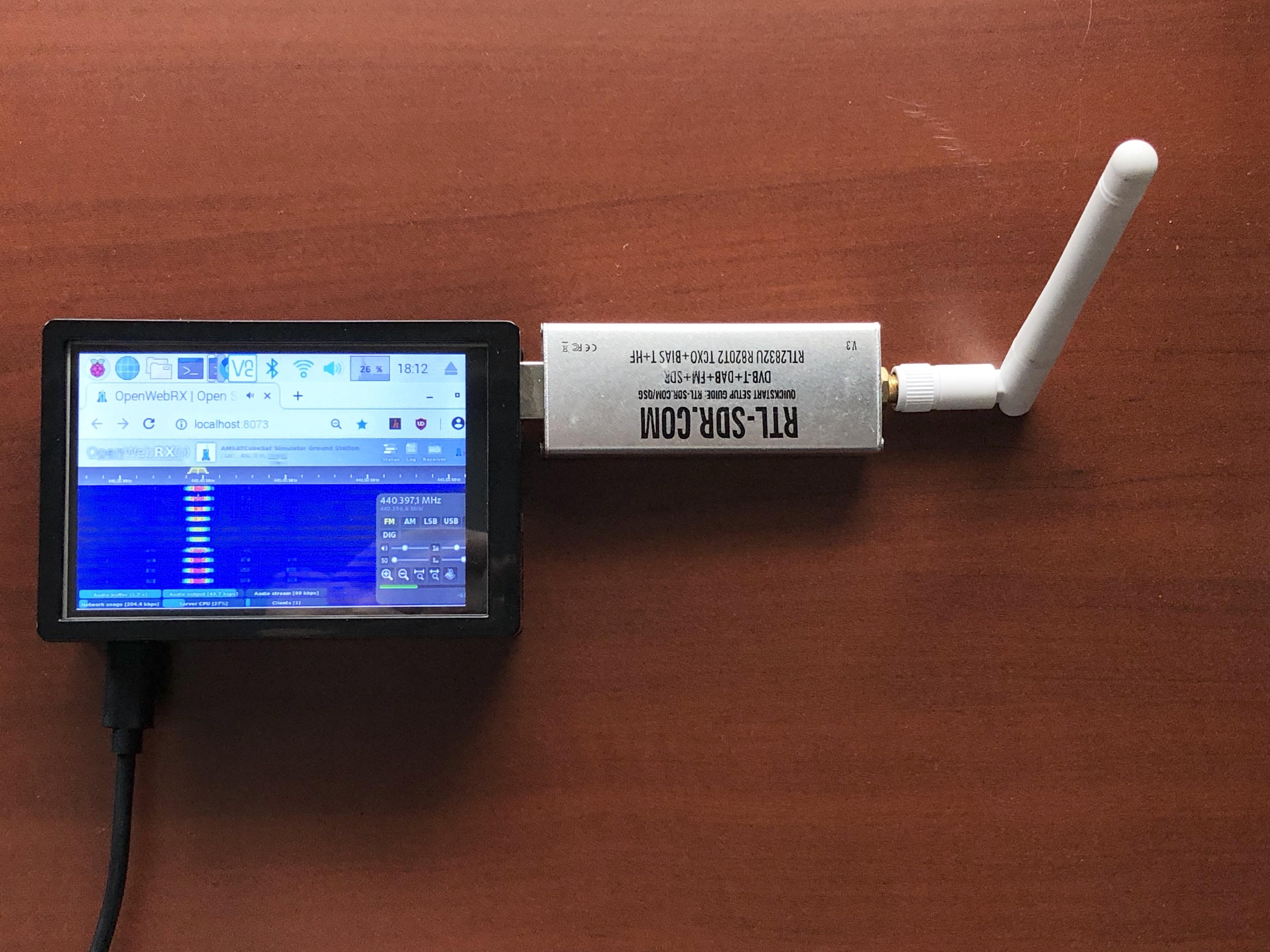 Pi Ground Station LCD SDR