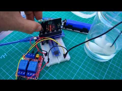 Vídeo: micro:bit controla un relé que enciende apaga una bomba de agua