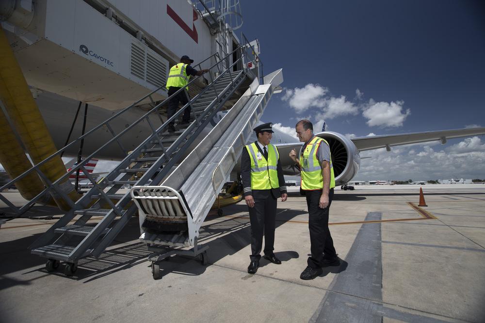 American Airlines:tarmac