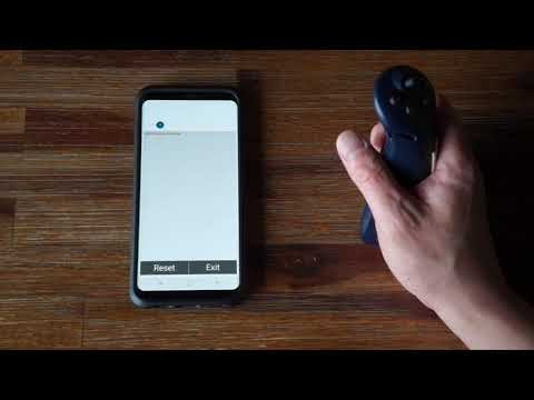 Author using Twiddler3 wirelessly connected to Samsung Galaxy S8 via bluetooth