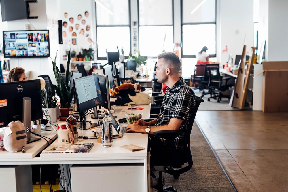 BuzzFeed: Workstations