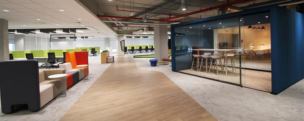 Emirates NBD: Office