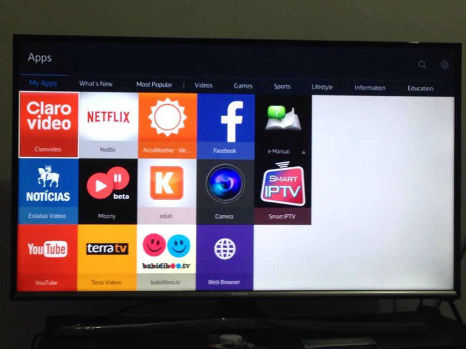 Support for 2015 TVs? · Issue #53 · nikitakatchik/smarttv