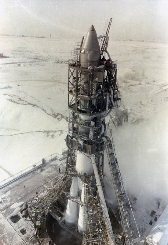 Voskhod rocket